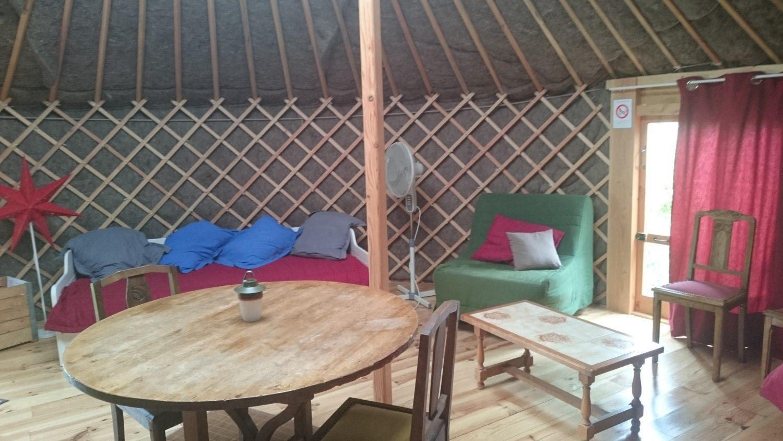 Habitat yourte tente intérieur