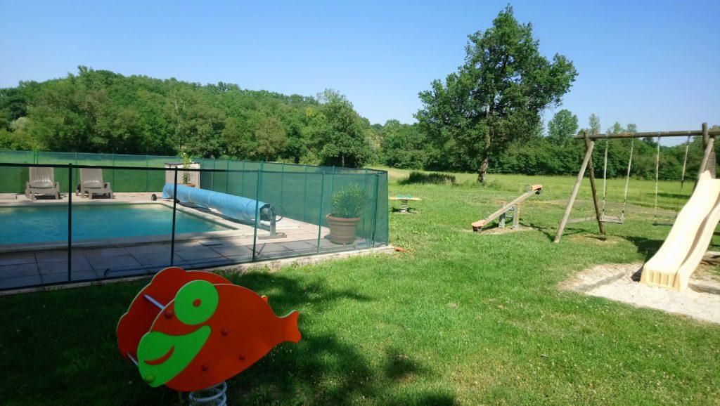 Aire de Jeux - Domaine du jardin d'en Naoua - Gîte de groupe